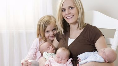 Mother Multiples Breastfeeding /& Caring for Twins or More!