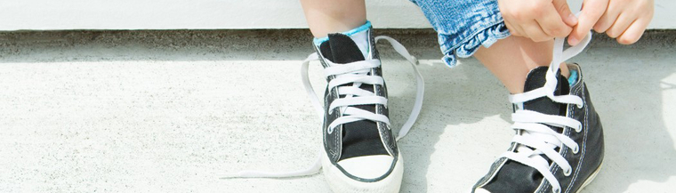 People with dyspraxia can have problems performing subtle movements, such as tying shoelaces.